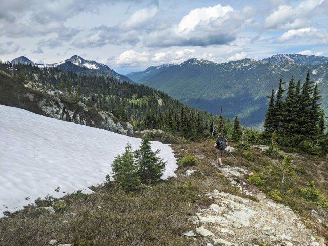 Heading along the Zoa Peak Ridge