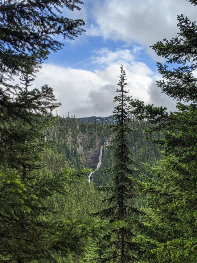 Nepopekum Falls