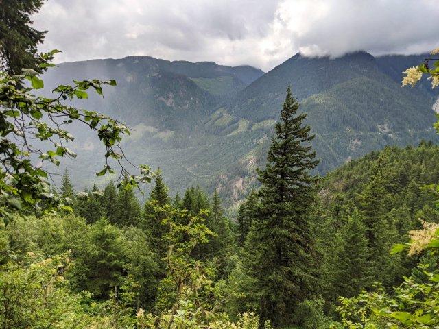 Chief Pahallak Viewpoint views