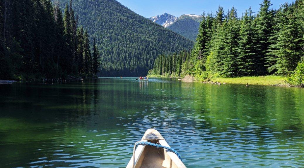 Gorgeous views when paddling on Lightning Lake