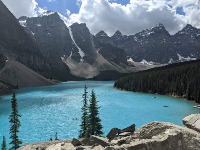 View from the Rockpile to Moraine Lake