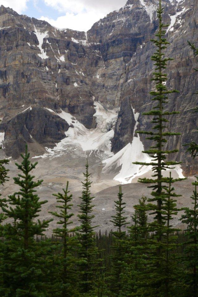 Glaciers between Mount Perren and Mount Allen