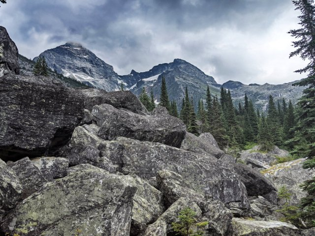 Giant boulders and first views of Mount Sir Donald (left) and Terminal Peak (right)