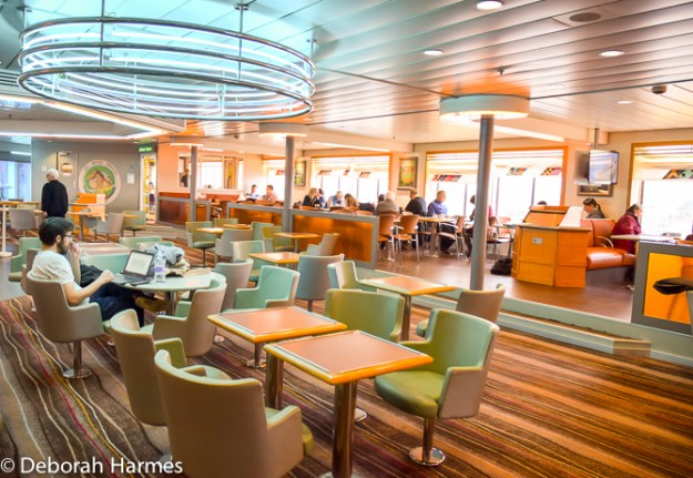 The Deck 9 wifi lounge on the Brittany Ferry.