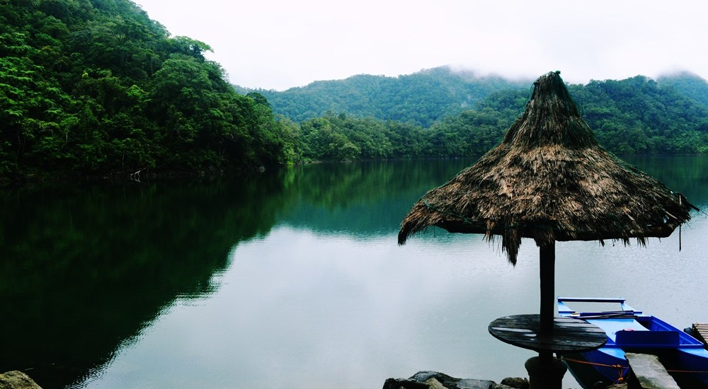 TRAVEL GUIDE TO THE TWIN LAKES DANAO AND BALINSASAYAO