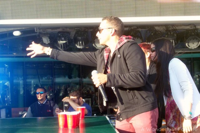 Howie D Playing Beer Pong