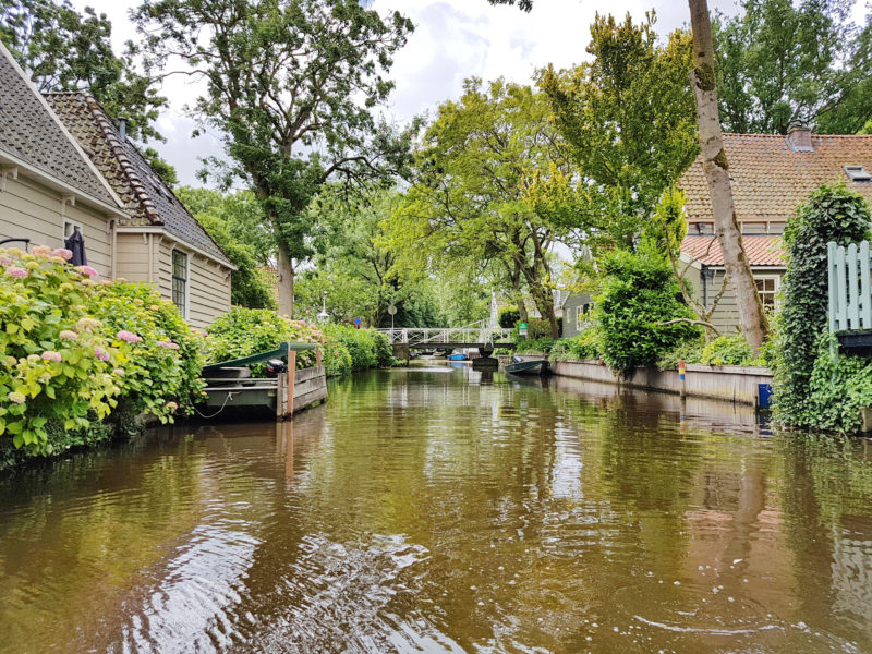 Waterland_canals