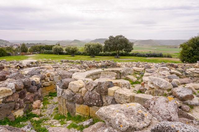 Su Nuraxi di Barumini - stone