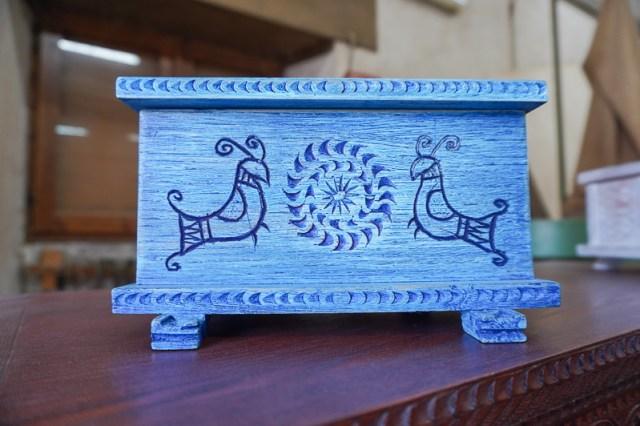 Woodworking in Sardinia - blue box