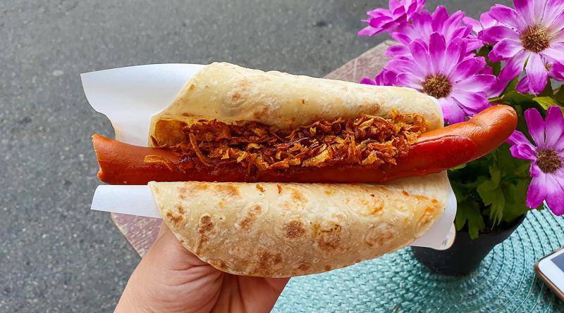 Must-try food in Oslo: Norwegian hot dog