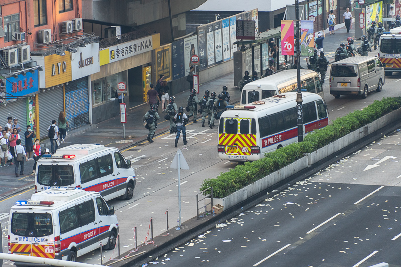 HK police cars Oct 1 Nathan Road
