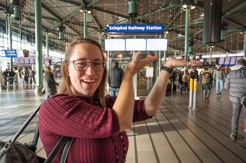 jessica at schiphol railway station