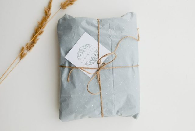 Eco-friendly gifts to send abroad