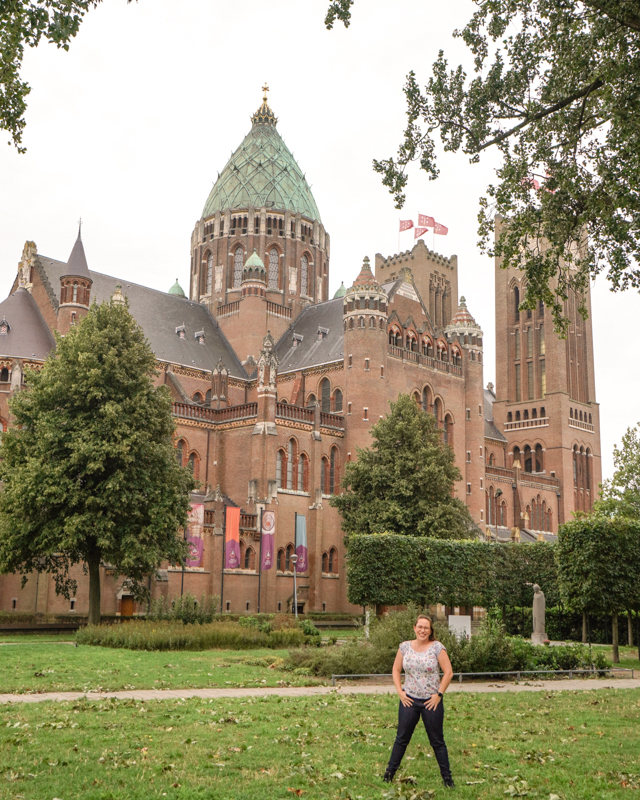 Jessica at Cathedral in Haarlem