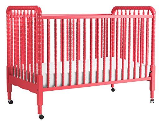 DaVinci Jenny Lind Convertible Crib