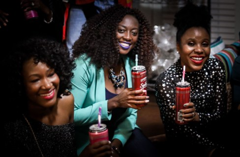Girls night in with Seagram's Escape drinks. Atlanta blogger hosting friends for drinks-55
