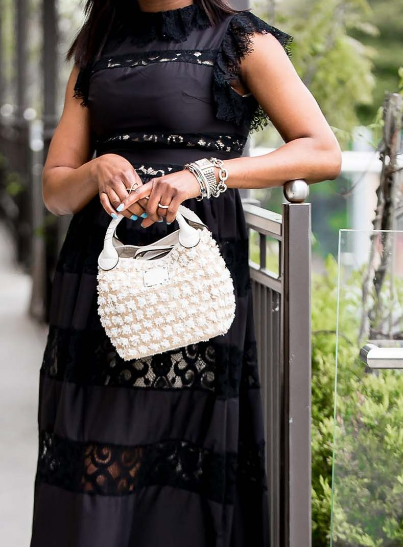 how to style a black dress for summer-12