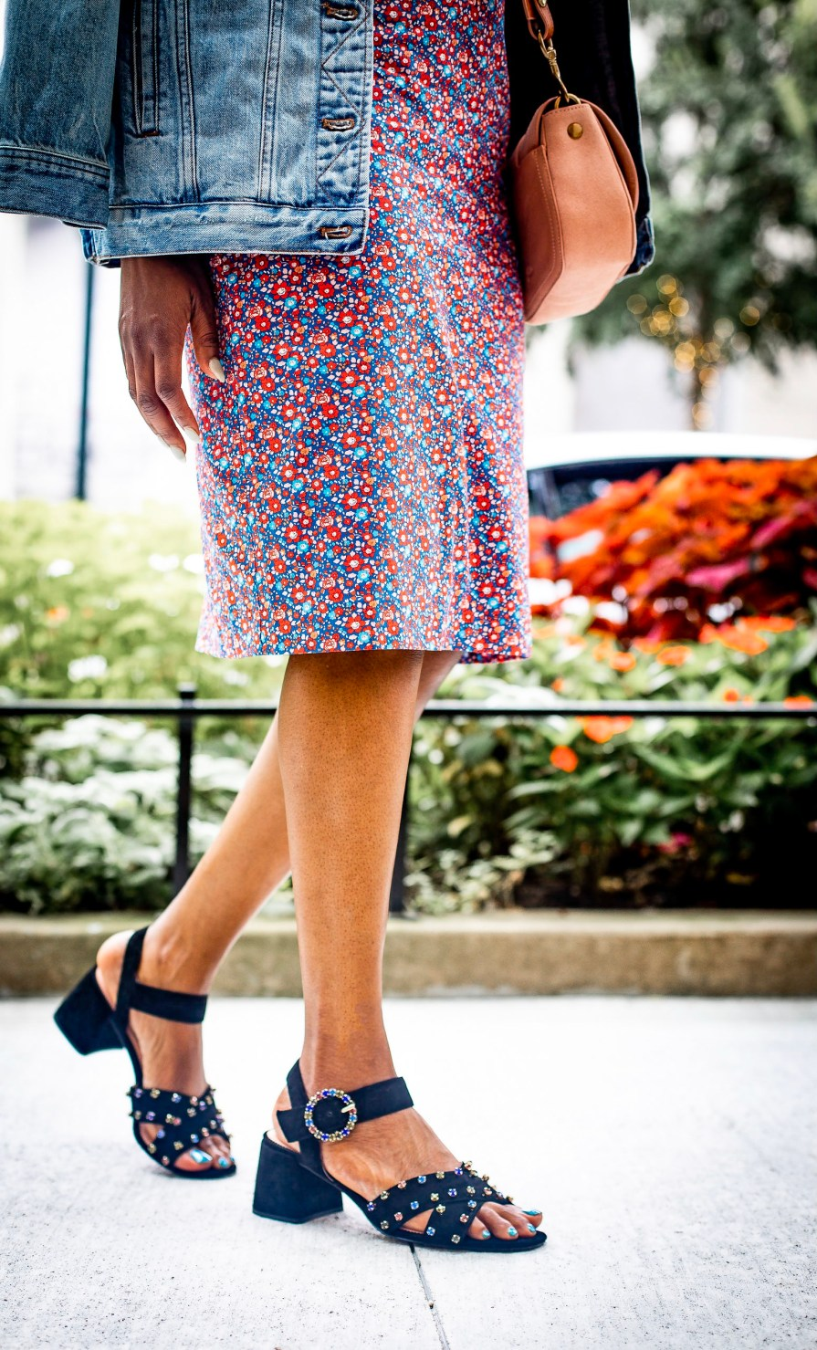 Atlanta blogger shows you how to wear floral print for fall and what to wear with the printF5A8397-Edit