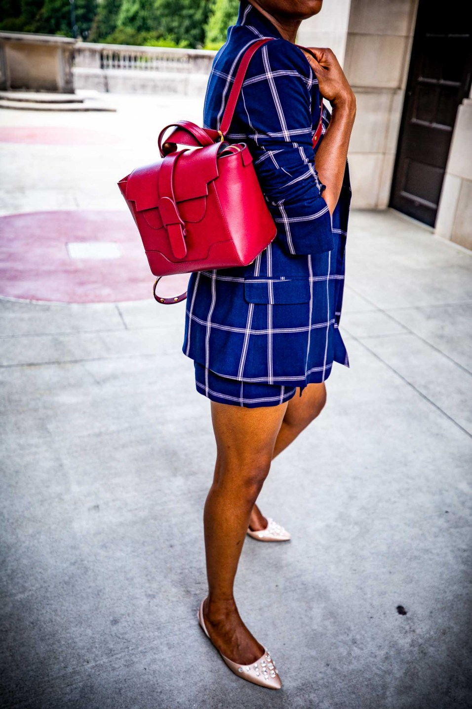 Fashion blogger Monica Awe-Etuk of Awed by Monica wearing a plaid suit from nordstrom, pink flats, a pink hat and a SENREVE bag for fall fashion_-13
