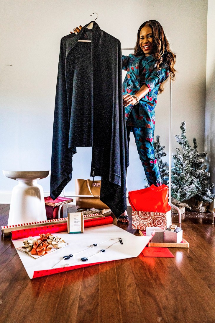 Atlanta lifestyle blogger Monica Awe-Etuk takes a cue from Oprah, and gives away her favorite things. wearing lafayettle148 suit, michele watch and alexandre birman shoes-7