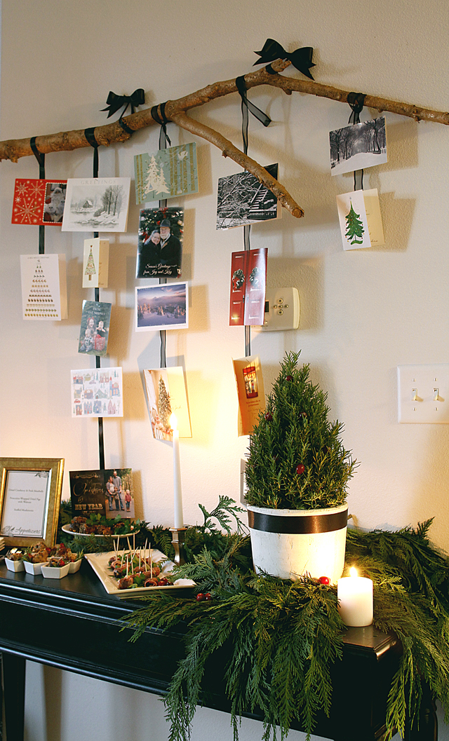 How to Make a Branch Holiday Card Display // A Well Crafted Party