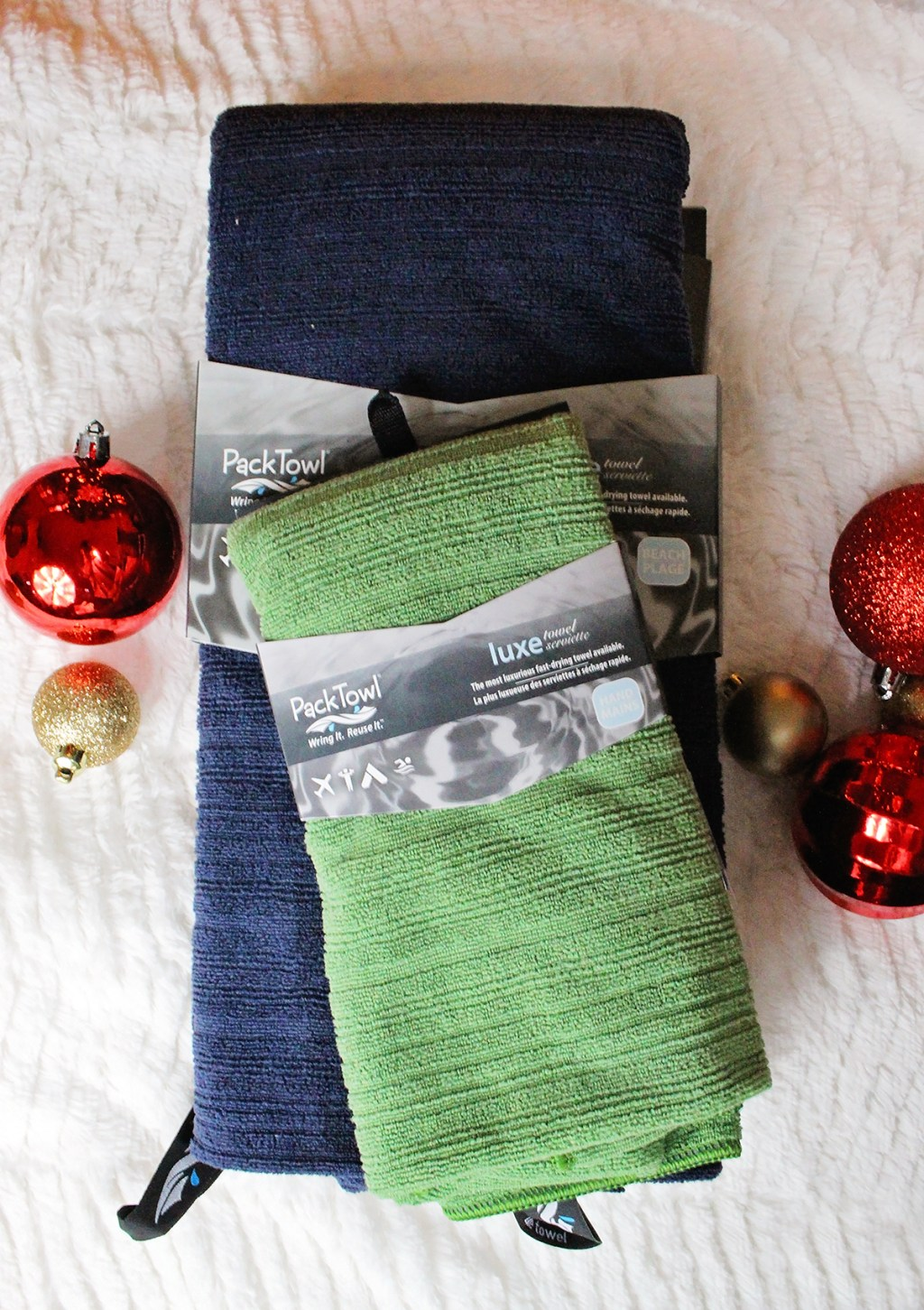 Luxe Towels from Pack Towel - 2016 Gift Guide (sponsored) A Well Crafted Party