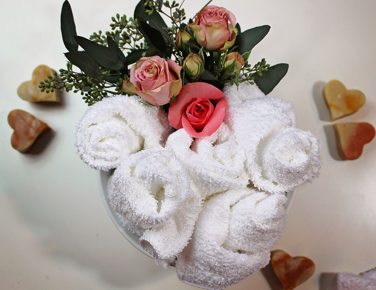 Rose Hot Towels for a Spa Party - A Well Crafted Party
