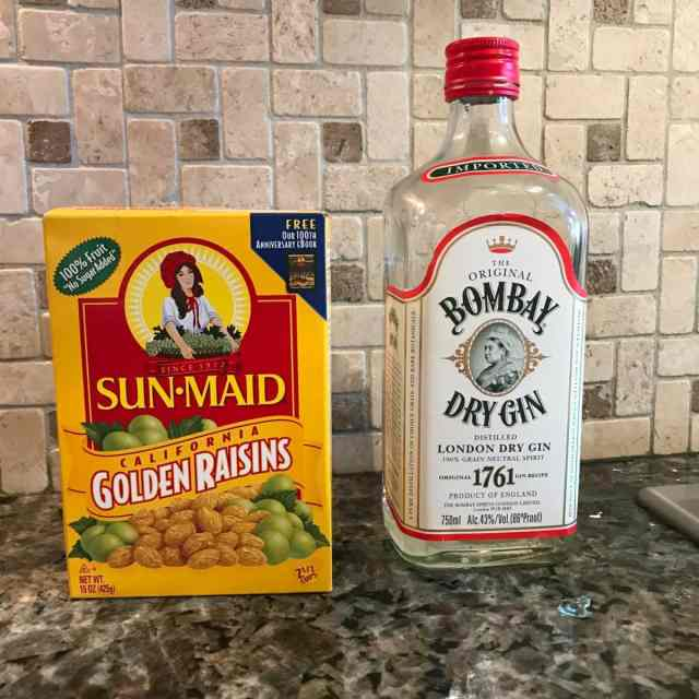 Welcome to the Weekend: Raisins and Gin at Breakfast?