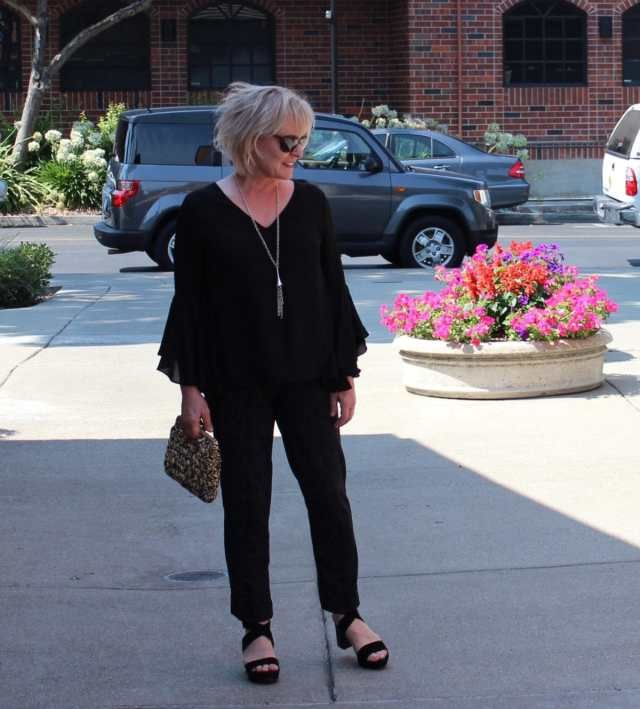 Jennifer Connolly of A Well Styled Life wearing bell sleeve top