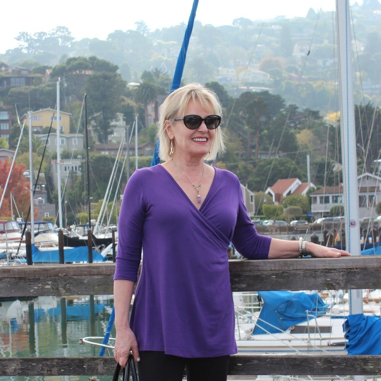 Jennifer Connolly of A Well Styled Life weaing Covered perfectly and Eileen Fisher