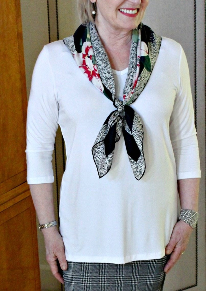 Jennifer Connolly of A Well Styled Life wearing the Simple V from Covered Perfectly