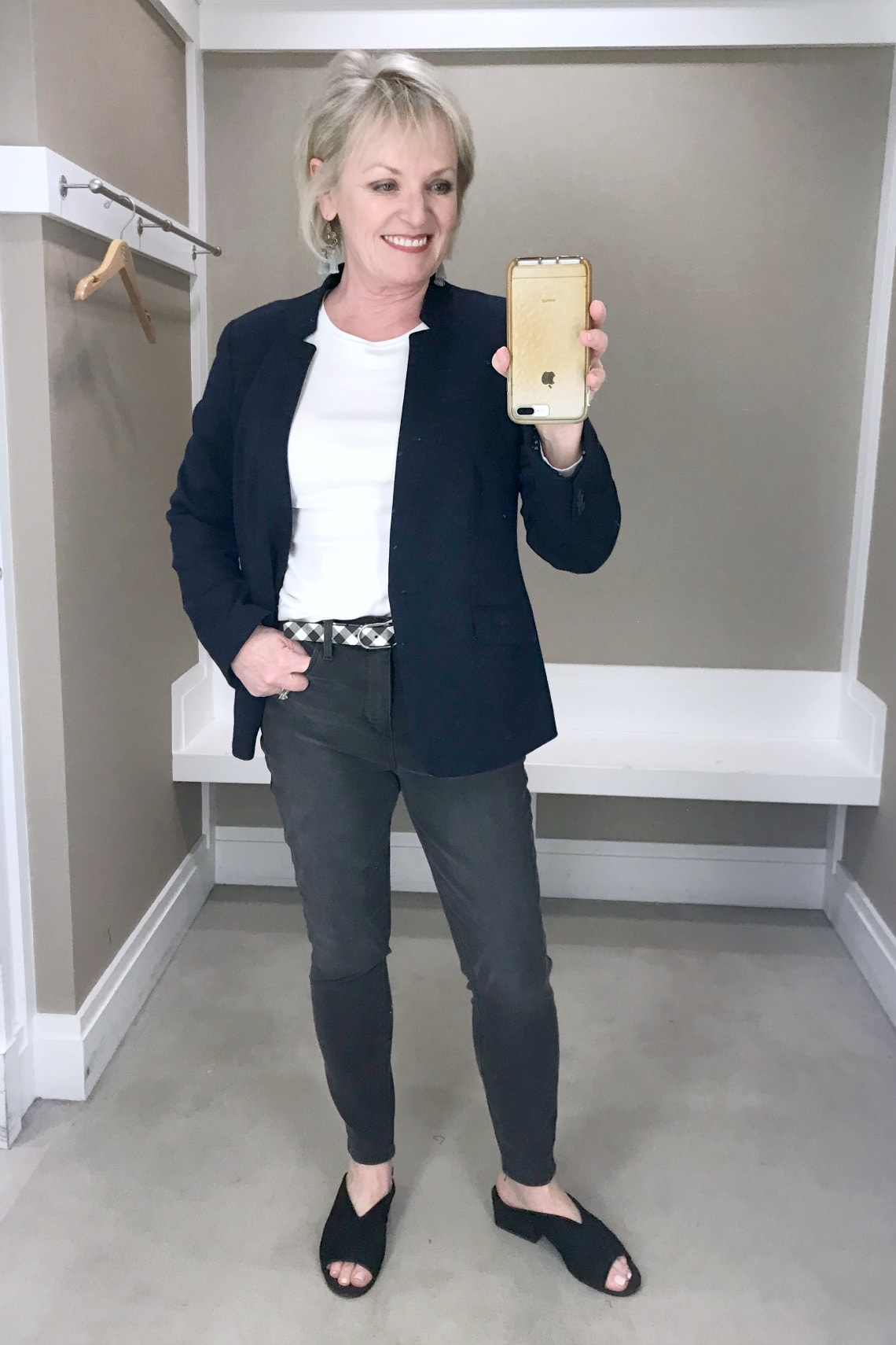 Jennifer of A Well Styled Life wearing Aberdeen knit blazer and gray jeans from Talbot