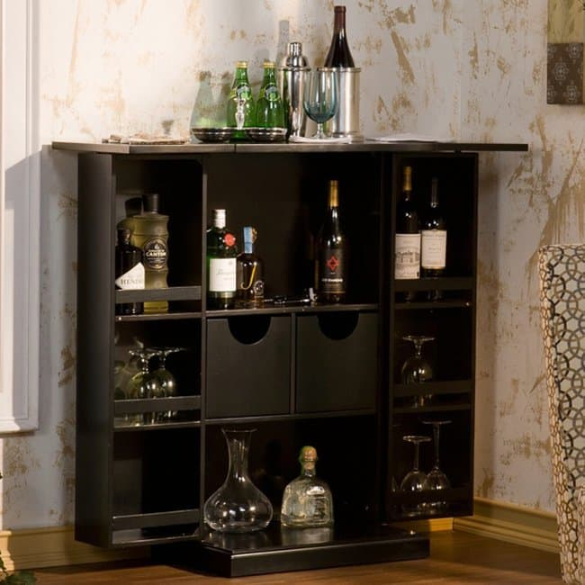 Stun Your House Guests When You Open This Fold Away Bar