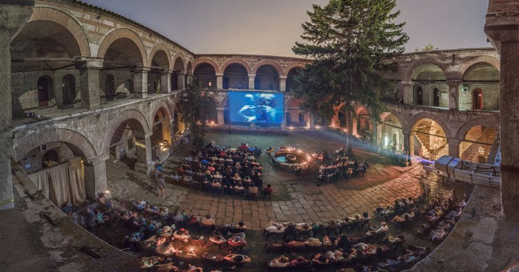 14 Awesome Movie Theaters From Around The World Part 1