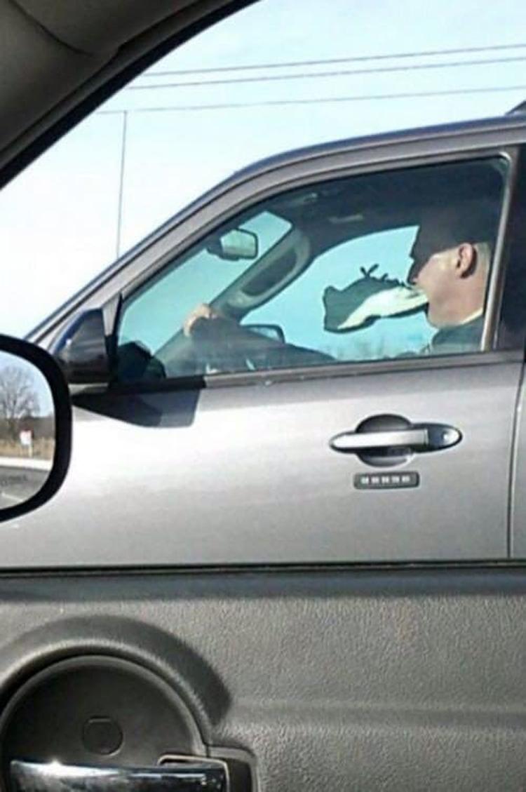 driver-eating-shoe-insane-photos