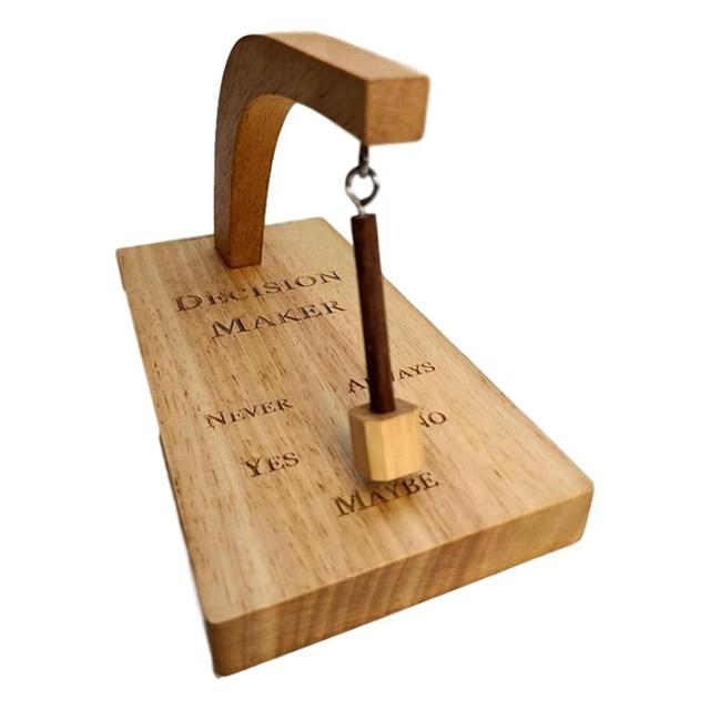 magnetic pendulum decision maker