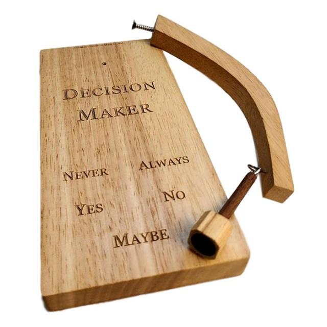 wooden pendulum decision maker