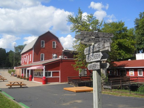 The Awesome Mitten - Yates Cider Mill. Photo by Shaun Barcelow.