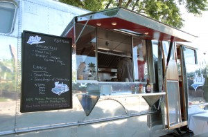 Ned's TravelBurger - The Awesome Mitten