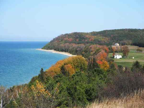 The Awesome Mitten - Northern Michigan Fall Color Tour