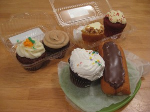 The Awesome Mitten - The Great Ypsi-Arbor Cupcake Roundup