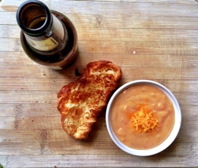 g r brewing company inspired beer cheese sandwich spread. Black Bedroom Furniture Sets. Home Design Ideas