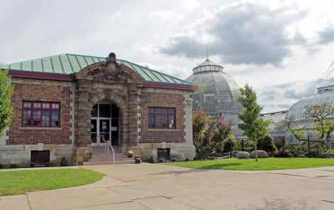 Southerner Meets Michigan: Navigating The Wilds Of Belle Isle