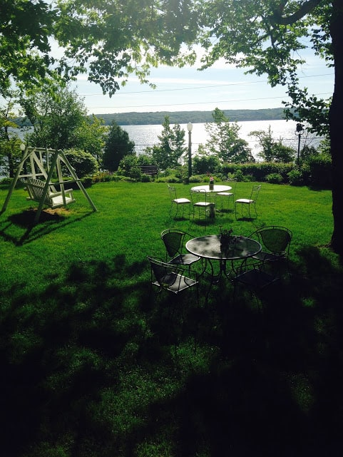 The Whaleback Inn has a beautiful lawn for lounging. #MittenTrip Leland - The Awesome Mitten