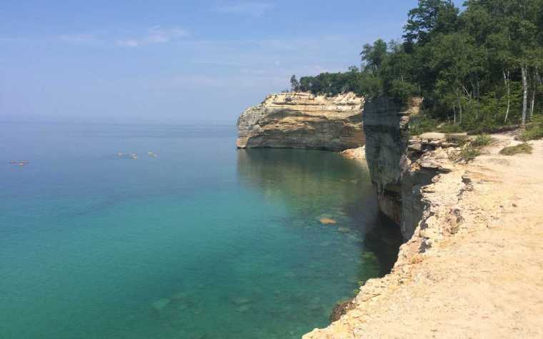 Hiking Pictured Rocks National Lakeshore is Worth the Effort - Awesome Mitten