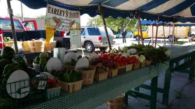 Saginaw Farmer's Market - #MittenTrip - Saginaw - The Awesome Mitten