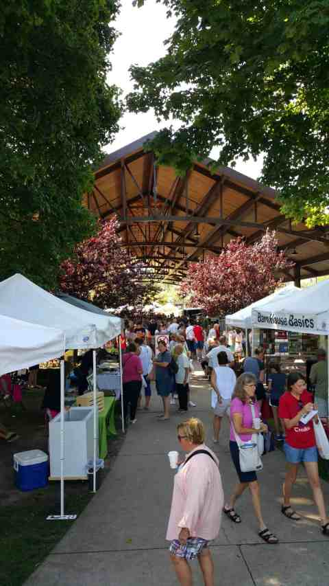 South Haven Farmers Market - #MittenTrip - South Haven - The Awesome Mitten