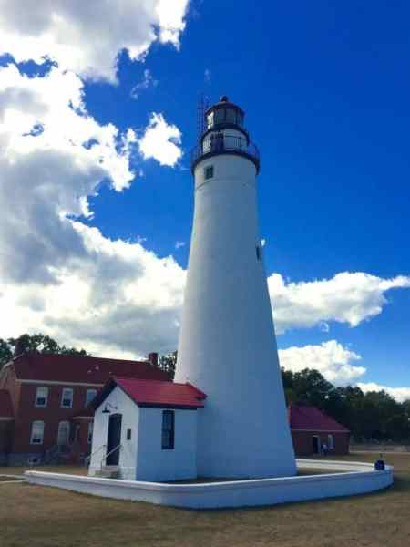 Fort Gratiot Lighthouse, Port Huron - Joel Heckaman - The Awesome Mitten