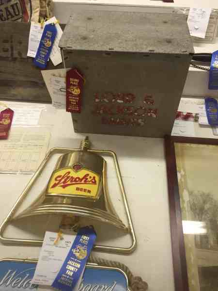 Antiques at the Jackson County Fair: Stroh's Beer and Loud & Jackson Ice Cream (precursor to The Parlour) | Photo Rebecca Calkins