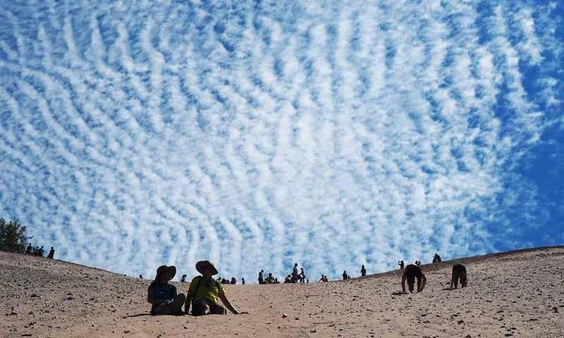 How to Actually Enjoy The Dune Climb At Sleeping Bear – Traverse City #MittenTrip